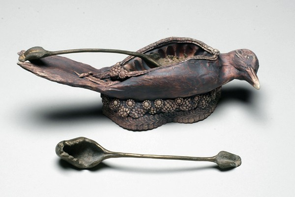Flicker jelly dish with weasel jaw spoon