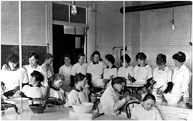 Nina, bottom five students, second from the left, State Normal and Industrial School, Ellendale, North Dakota
