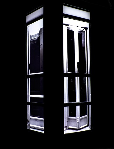 Phone Booth: Image 3
