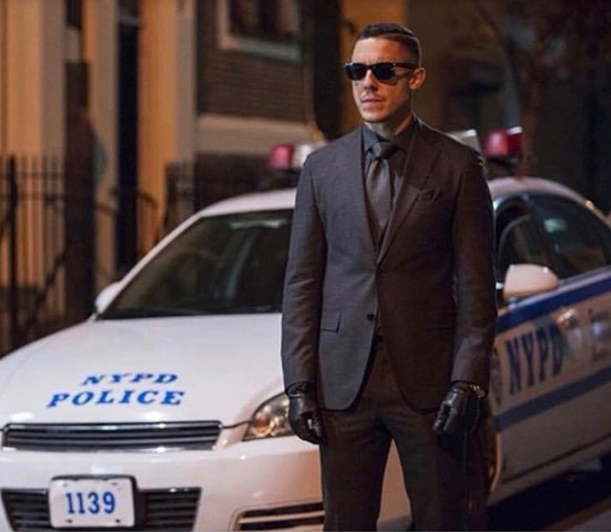 Shades (Theo Rossi)