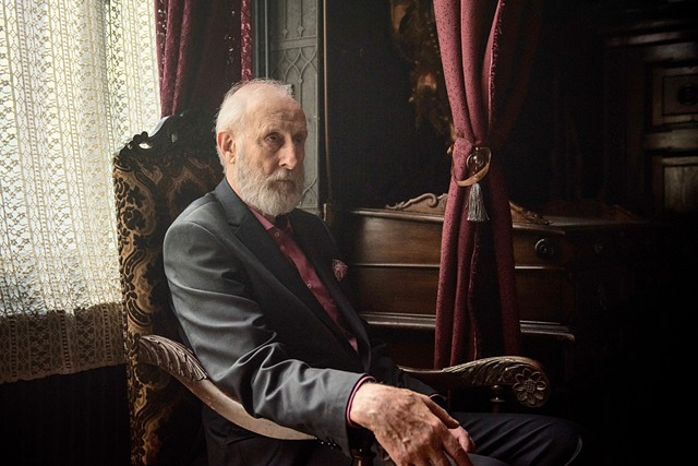 Gilbert Dorn (James Cromwell)
