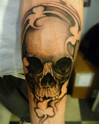 skulls, skull, skull tattoo, markus, markus anacki, kaleidoscope tattoo, cambridge, black and gray, boston, tattoo, markus, cambridge tattoo, boston tattoo, tattoo shop, tattoo shop cambridge, boston tattoo convention,