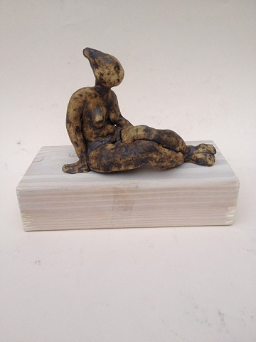 Relaxing figurine