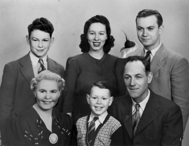 Joyce Yontry and Family, Christmas 1956