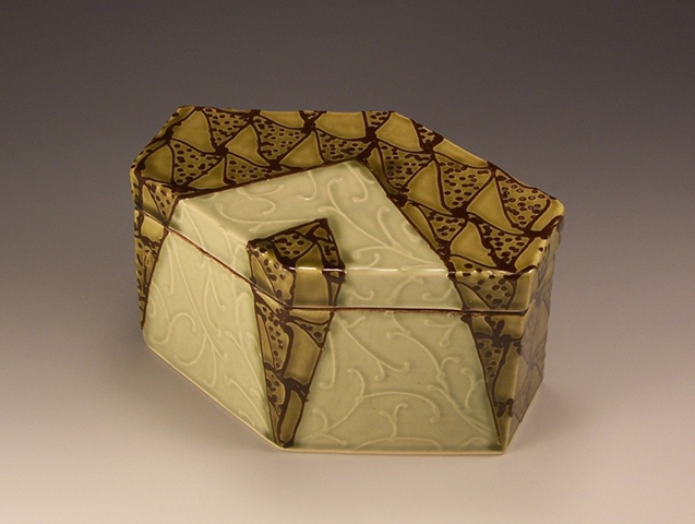 New six sided box view 1