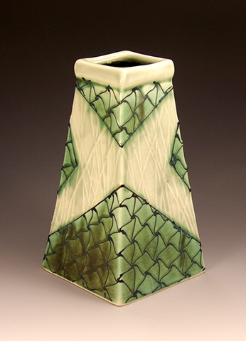 Medium four sided vase (green)