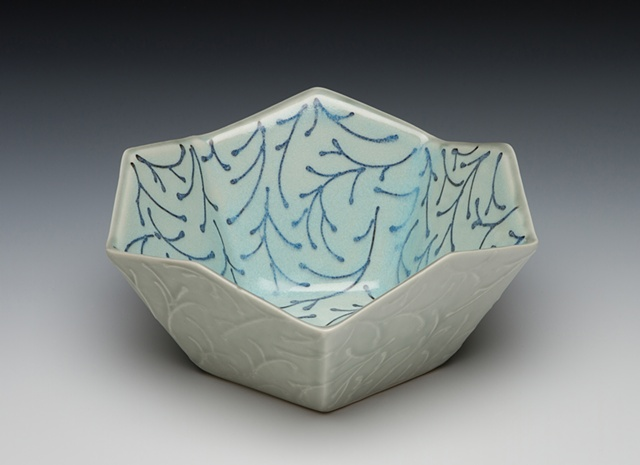 pentagonal serving bowl blue/green