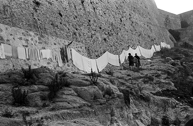 Drying laundry, Corsica