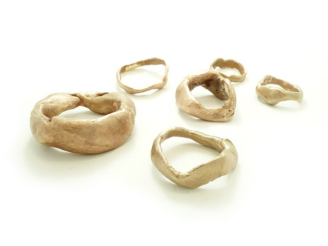 Therese Morch souvenir contemporary jewellery project Copenhagen imprint fingerprint art jewelry Souvenir rings cast of imprints, tactility, touch, art jewellery