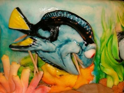 "Disney's ""Finding Nemo"" cake - Dorey close up"