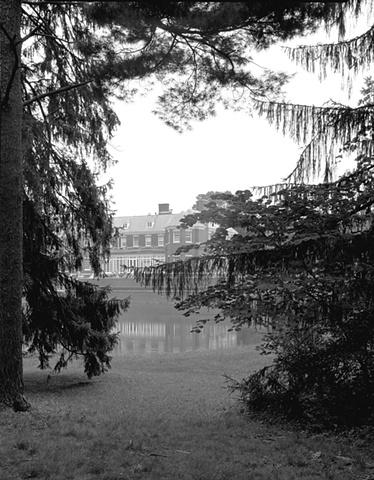 Allerton Mansion