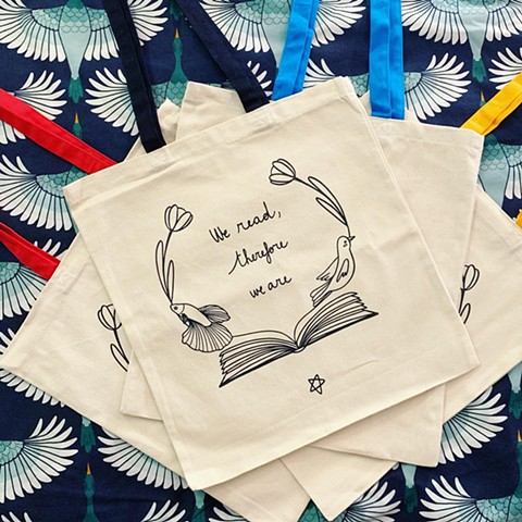 We read therefore we are - bags + calendar
