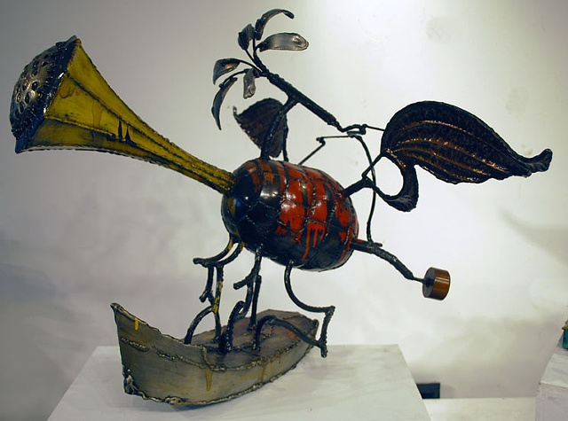 Trumpet boat