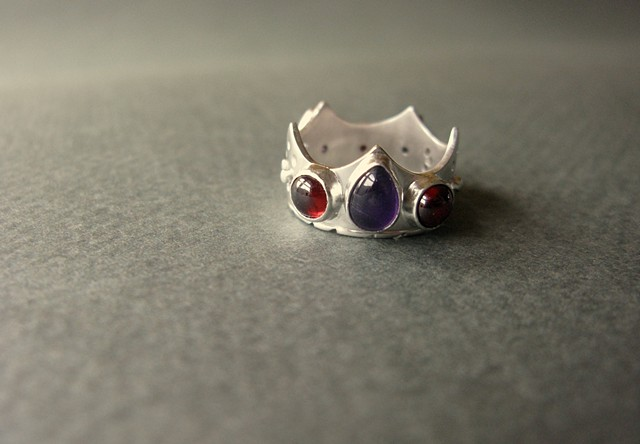 custom crown ring