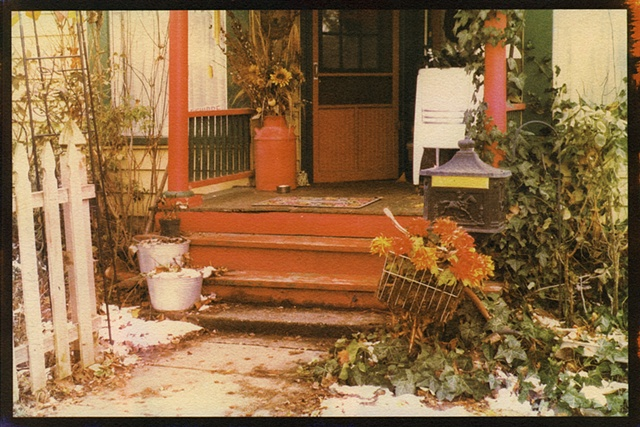 Red Stoop with Washer