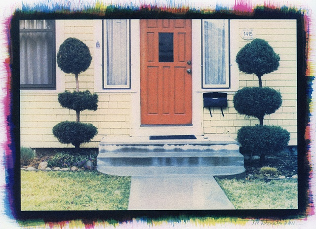 Stoop with Topiary