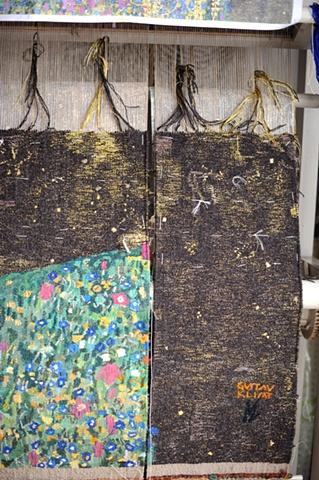 tapestry, wall hanging, ziejka, klimt kiss