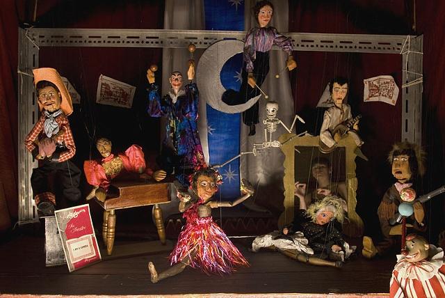 The Britannia Marionettes