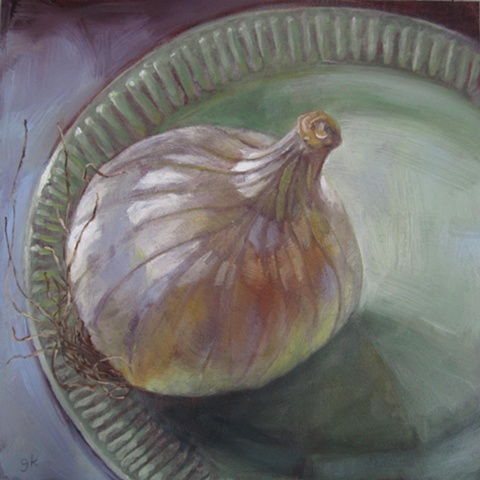 oil painting, still life, onion, plate