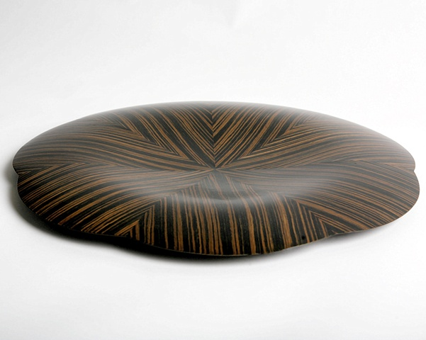 Side view of veneer bowl