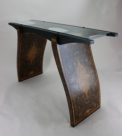 Three quarter View Of Glass Top Table 3