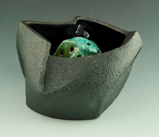 Black Serving / Flower Bowl View 2
