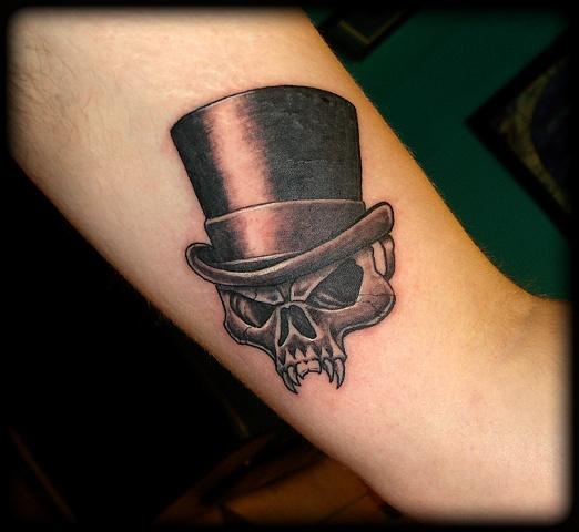 crucial tattoo studio salisbury maryland tattoos cyrus high