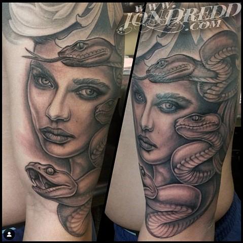 Gray Medusa