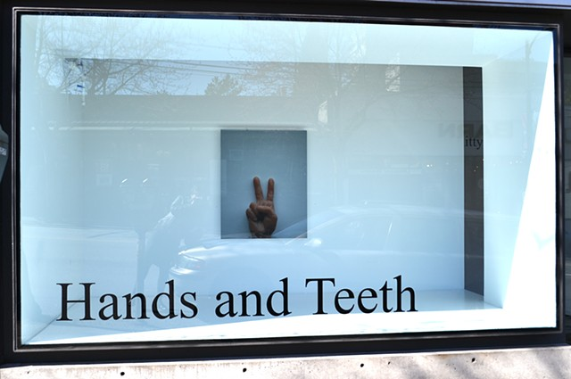 Hands And Teeth 2014