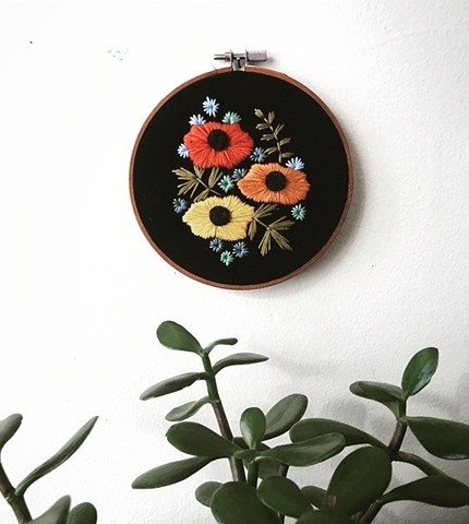 Embroidery hoop flowers