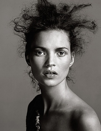 Kate Moss. Photo by Richard Avedon