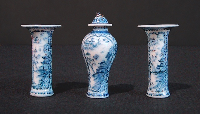 Three Piece Chinese Garniture