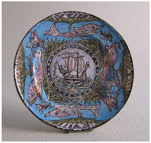 1/12 scale miniature reproduction of William DeMorgan Plate by LeeAnn Chellis Wessel