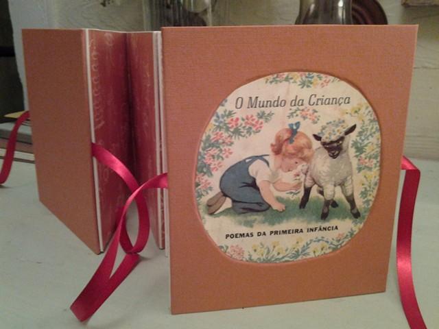 O Mundo da Criança deconstructed, 2014 Handmade carousel book  (collage, ribbon, paper, cardboard)
