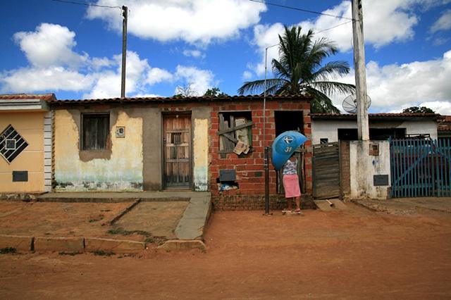 Orelhão, Piabas, Bahia; 2009