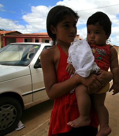 Grown, Piabas, Bahia; 2009