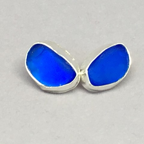 Small cobalt blue bezeled earrings