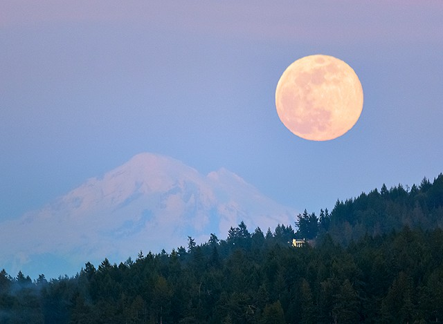 Mount Baker with Super Moon  March 20, 2019