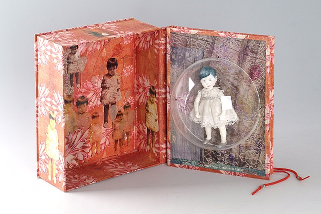 Mutted music box / 2008