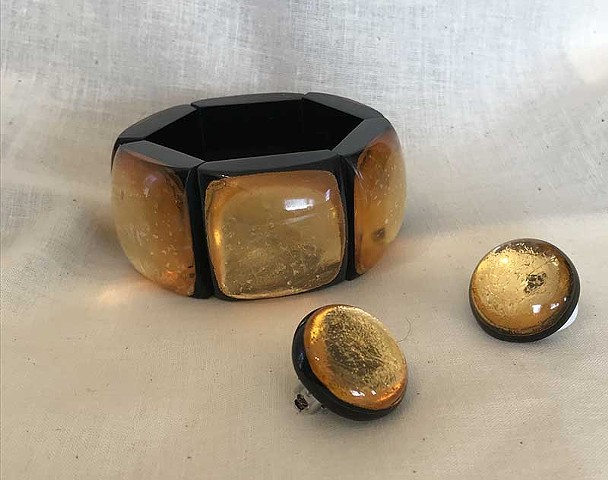 Made in France Resin and gold foil bracelet and earrings set