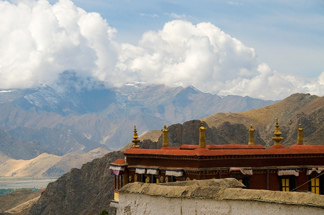 Drepung Clouds