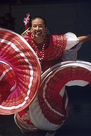 Folklorio Dancer, Tucson Mariachi Festival