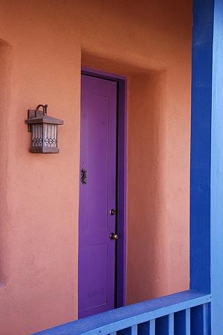 Porch, Barrio Historico