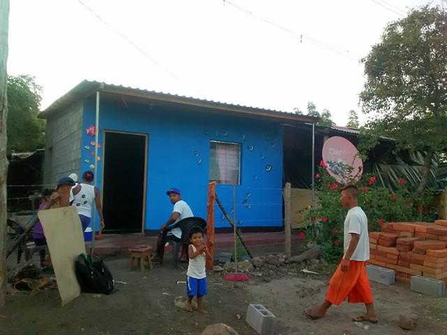 Las Peñitas, Nicaragua (mural on volunteer-built structure)