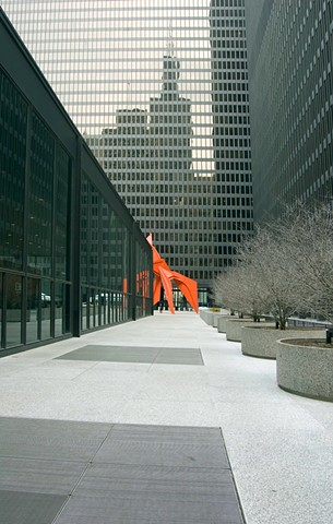 Alexander Calder's Flamingo in downtown Chicago photographed by Lucy Mueller Photography