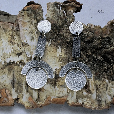 geometry at play: floral textured silver 4 part earring on silver post (#533E)