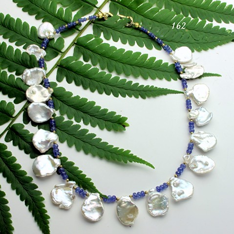 keishi pearls with faceted tanzanite with vermeil findings(162)