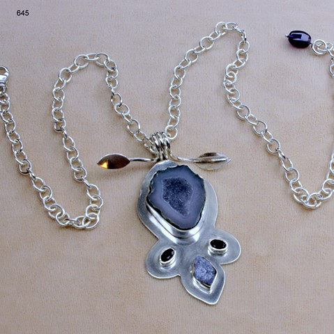 "silver pendant w/ Mexican geode druse, tanzanite & 2 Siberian amethysts on 20"" s/s cable chain (#645)"