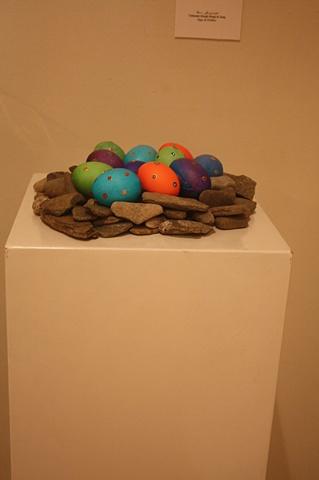 haft sin - tokhmeh morgh & sang, eggs & pebbles