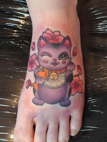 Left Lucky Cat by Kitty Dearest